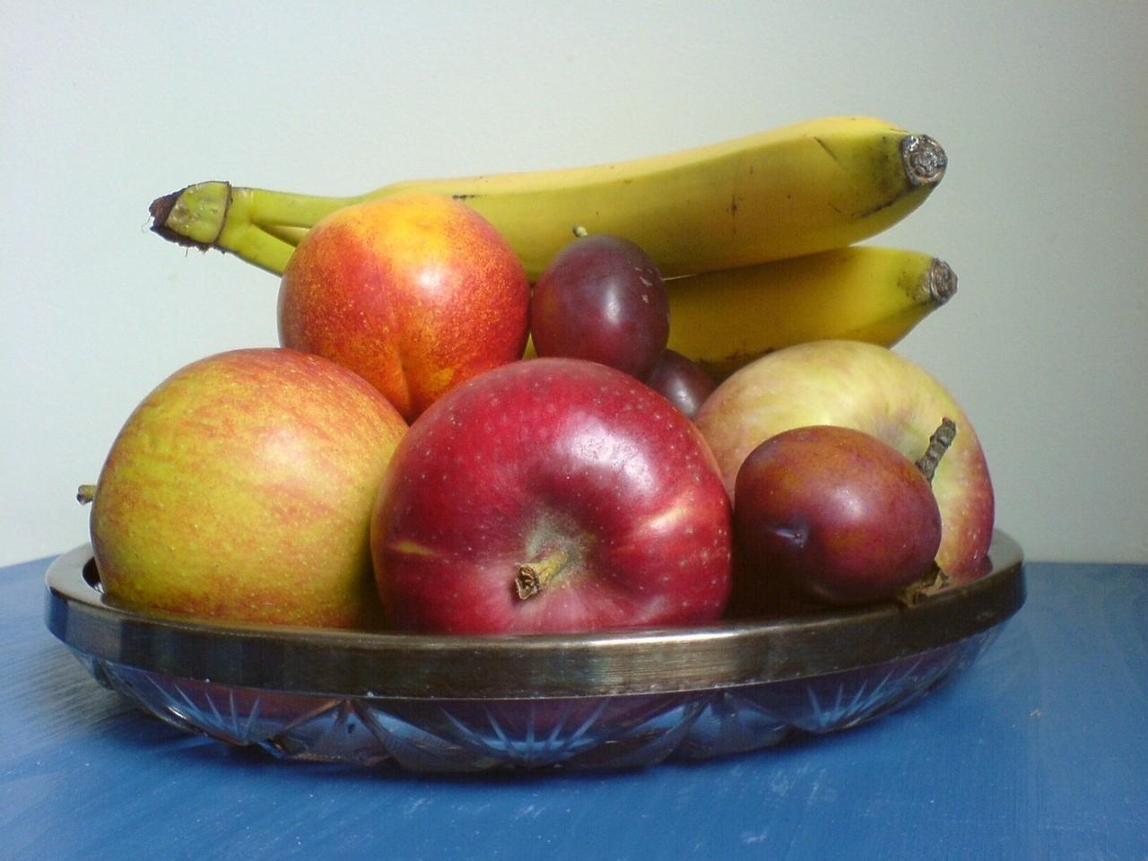Jakie są zalety zamawianie owoców do biura?